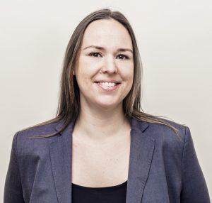 Dr. Johanna Roering
